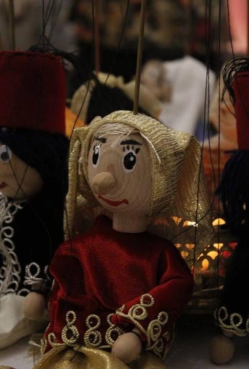 Ateliers de marionnettes pour enfants avec Khadidja Benredouane